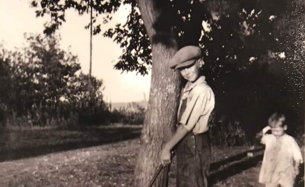 Young Dovray duffer, Herbert Hanson, practices his puts. Circa 1925. Photo courtesy of Ruth Hoyme.